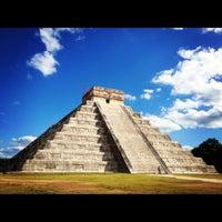 Foto tomada en Zona Arqueológica de Chichén Itzá por Luz Del mar S. el 11/8/2012