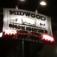 Foto tirada no(a) Midwood Smokehouse por David Z. em 11/12/2013