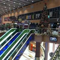 Снимок сделан в The Mall Athens пользователем manos I. 12/29/2012