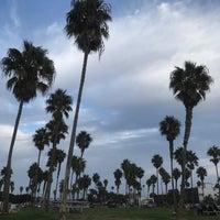 Foto tirada no(a) Mission Beach Park por Zhanna em 10/20/2017