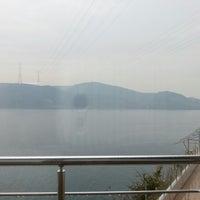 Das Foto wurde bei Güzel Yer Balık Lokantası von He am 12/16/2012 aufgenommen