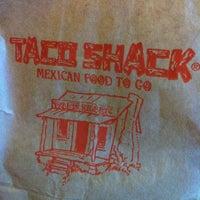 5/16/2013에 Cerys H.님이 Taco Shack에서 찍은 사진