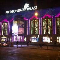 11/25/2012 tarihinde Manfred E.ziyaretçi tarafından Friedrichstadt-Palast'de çekilen fotoğraf