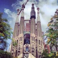 Foto tirada no(a) Sagrada Família por Emanuele P. em 7/3/2013