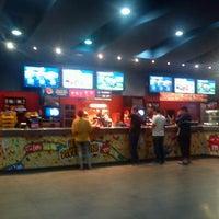 Foto tomada en Cineplanet por R. Alan C. el 12/26/2012