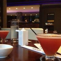 Foto diambil di HaChi Restaurant & Lounge oleh Genesis R. pada 6/15/2013