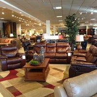 Das Foto wurde bei Havertys Furniture von Trina M. am 11/23/2012 aufgenommen