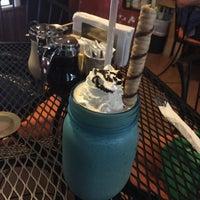 Снимок сделан в Casasola Café & Brunch пользователем Roomys P. 7/22/2015