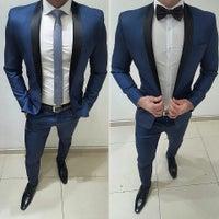 Foto tomada en D´Sabrera Ternos De Moda Slim Fit Peru por Luis J D ... 57e9a61a6b9