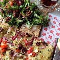 10/10/2014에 Maria E.님이 Pizza Rustica에서 찍은 사진