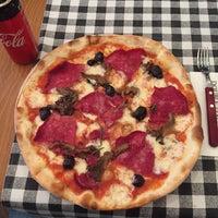 3/4/2018 tarihinde Koray K.ziyaretçi tarafından Double Zero Pizzeria'de çekilen fotoğraf
