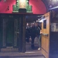 Photo prise au Pippin's Tavern par Jacqueline F. le11/16/2012