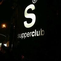 9/14/2013 tarihinde Esra Ş.ziyaretçi tarafından Supperclub'de çekilen fotoğraf