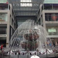 รูปภาพถ่ายที่ Pavilion Kuala Lumpur โดย Felix S. เมื่อ 5/14/2013