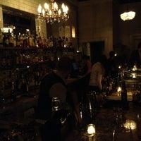 10/20/2012 tarihinde R .ziyaretçi tarafından Maude's Liquor Bar'de çekilen fotoğraf