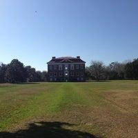 รูปภาพถ่ายที่ Drayton Hall โดย Denise C. เมื่อ 1/12/2013