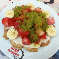 3/24/2013 tarihinde Ayça S.ziyaretçi tarafından Waffle'cı Akın'de çekilen fotoğraf