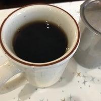 7/19/2017에 Tracy M.님이 Armon's Cafe에서 찍은 사진