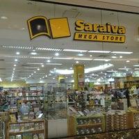 Foto diambil di Saraiva MegaStore oleh Fauzzy P. pada 11/16/2012