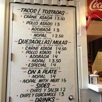 Foto diambil di Los Tacos No.1 oleh veronica p. pada 8/3/2013