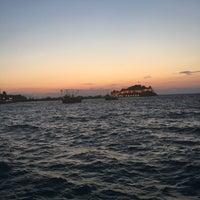 Foto tirada no(a) Port Yelken Restaurant por Gizem Göksu Gök em 9/11/2018