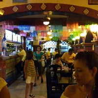 Снимок сделан в La Parrilla Cancun пользователем Wei L. 7/5/2013