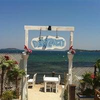 Foto tomada en Denizaltı Cafe & Restaurant por Miray Ç. el 7/14/2013