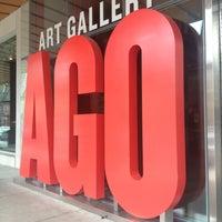 Foto tirada no(a) Art Gallery of Ontario por Valerie T. em 5/9/2013