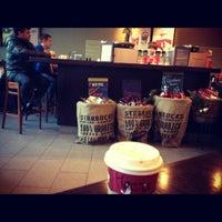 12/5/2012 tarihinde Стася🐼 П.ziyaretçi tarafından Starbucks'de çekilen fotoğraf