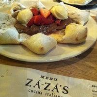 Das Foto wurde bei ZaZa's Cucina von Rosina L. am 6/28/2013 aufgenommen