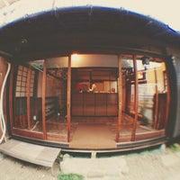 Photo prise au Omotesando Koffee par Richard H. le12/23/2012