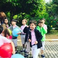 Das Foto wurde bei Mehmet Seniye Ozbey İlkogretim Okulu von Melike E. am 4/23/2017 aufgenommen