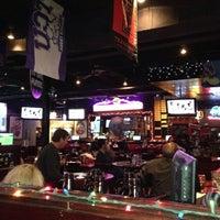 รูปภาพถ่ายที่ Humperdinks Restaurant & Brewpub - Greenville โดย Sue S. เมื่อ 12/17/2012