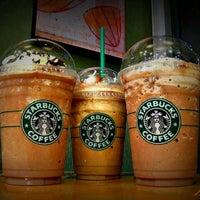 12/22/2012 tarihinde  Emre ziyaretçi tarafından Starbucks'de çekilen fotoğraf