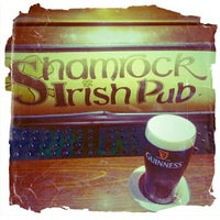 Das Foto wurde bei Shamrock Irish Pub von Klára F. am 7/29/2013 aufgenommen