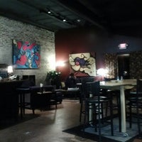 Foto tomada en Stomping Grounds Coffee & Wine Bar por mOody b. el 10/19/2012