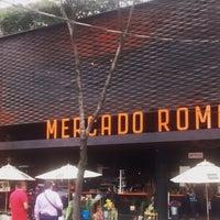 รูปภาพถ่ายที่ Mercado Roma โดย Vania A. เมื่อ 5/1/2015