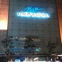 6/2/2013 tarihinde Joeri Van de Veldeziyaretçi tarafından Plaza Indonesia'de çekilen fotoğraf