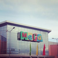 Foto tirada no(a) MEGA Mall por Vlad M. em 9/28/2013