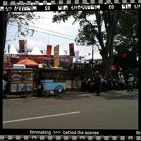 Photo prise au Lapangan Gasibu par ovan K. le10/13/2012