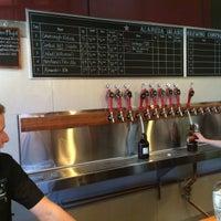 Foto diambil di Alameda Island Brewing Company oleh Martin C. pada 3/2/2015