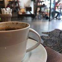 Photo prise au Origin Coffee&Shop par Dide le9/18/2018