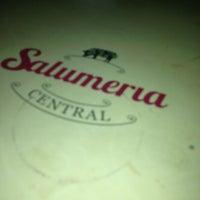 Foto tirada no(a) Salumeria Central por AMPLO Gourmet em 7/14/2013