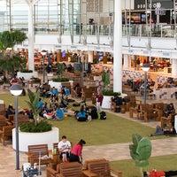 Снимок сделан в Brisbane Airport International Terminal пользователем Brisbane Airport International Terminal 1/18/2017