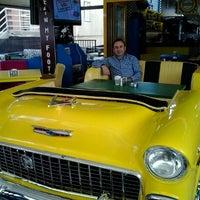 10/29/2012 tarihinde Ayhan T.ziyaretçi tarafından Big Yellow Taxi Benzin'de çekilen fotoğraf