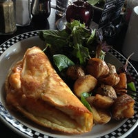 1/20/2013にGlad Kraw (.がSCHOOL Restaurantで撮った写真