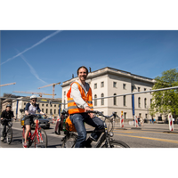 Foto diambil di Berlin on Bike oleh Business o. pada 8/21/2017
