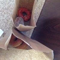 Foto tirada no(a) Dunkin Donuts por Amar D. em 11/22/2012
