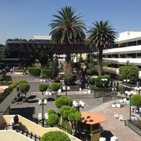 รูปภาพถ่ายที่ Universidad La Salle โดย Champi A. เมื่อ 10/25/2012