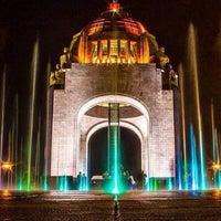 Das Foto wurde bei Monumento a la Revolución Mexicana von Daniel  G. am 11/21/2013 aufgenommen